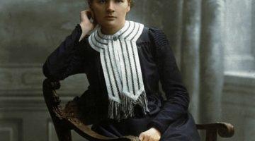 Marie Curie sjedi na stolici