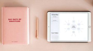 Ružičasti rokovnik i planer