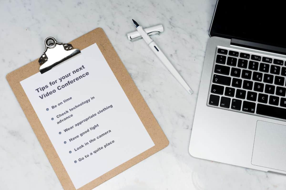 Savjeti za vođenje online sastanka